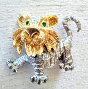 Jewelry - VTG Tiger Brooch Two Tone w/Rhinestones